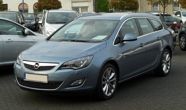 Vauxhall Astra - Used Family Car