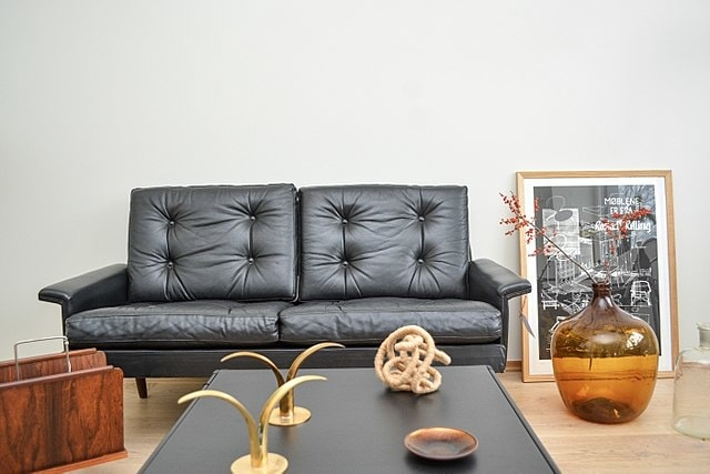 Black Color latest sofa design
